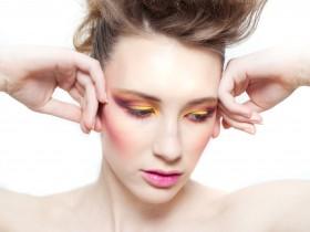 MUA: Sarah Stonehouse of F.A.C.E Makeup Artistry - Photography: Georgia Claire