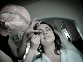 Makeup: Sarah Stonehouse of F.A.C.E Makeup Artistry - Photography: Jamie Penfold